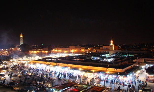 Reisetips Marokko – Eksotiske Djemaa el Fna i Marrakech