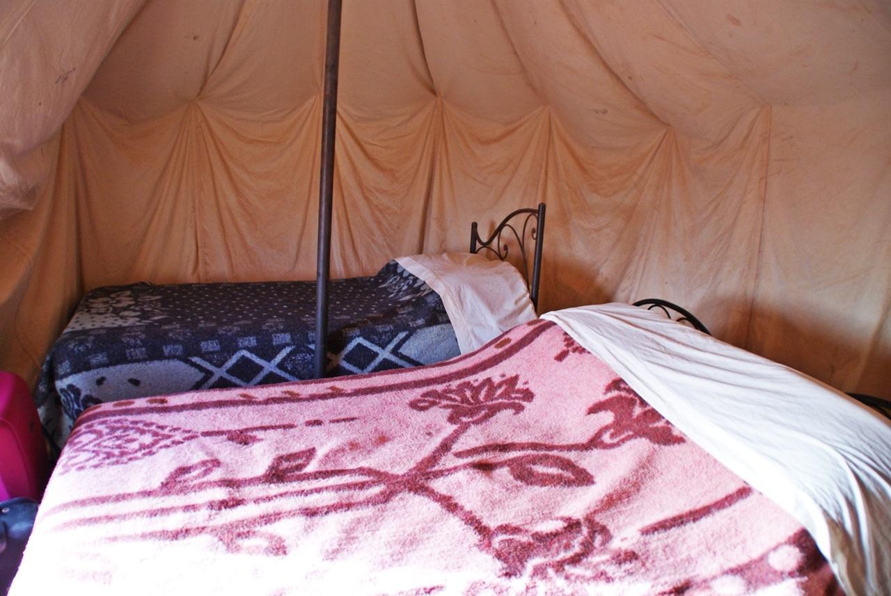 Overnatte i telt i Saharaørkenen Marokko