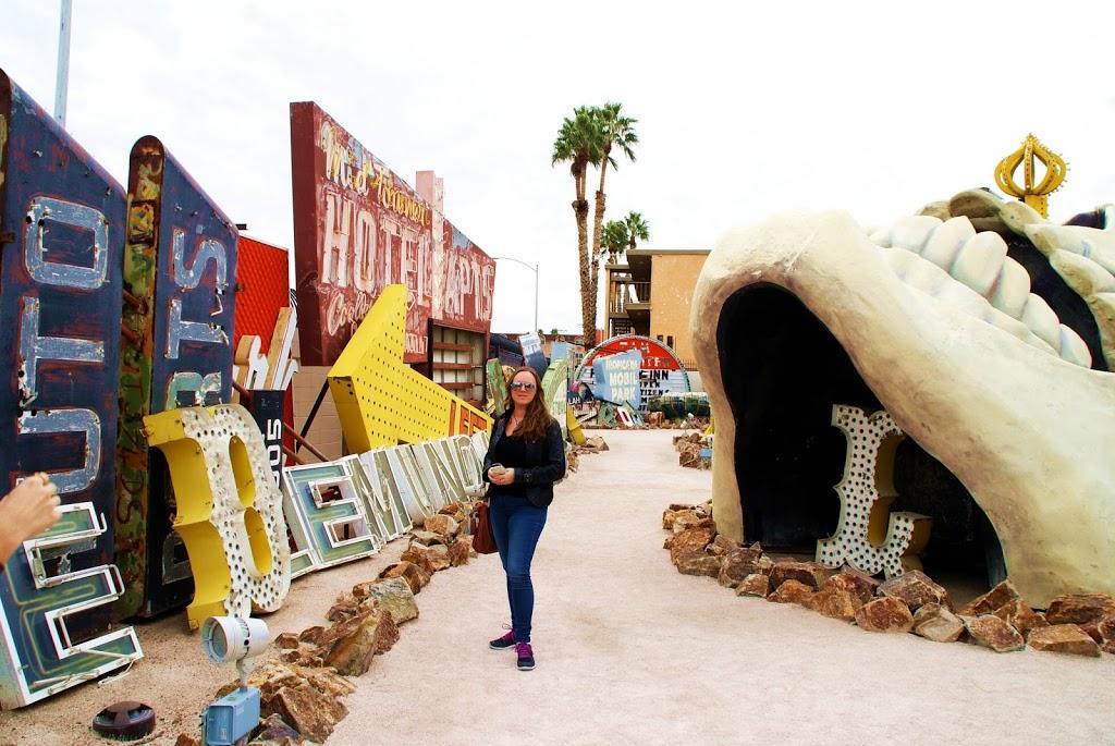 Neon Boneyard – der Neonskiltene havner når de blir gamle