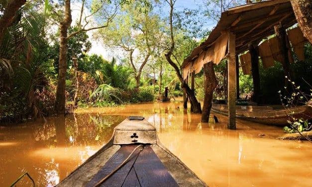 Båttur på Mekongelven i Vietnam
