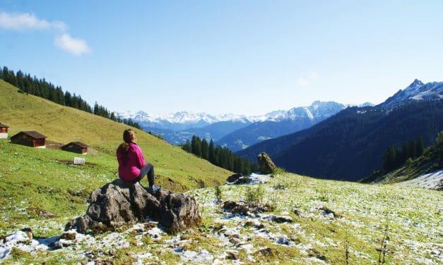 På biltur gjennom Vorarlberg i Østerrike