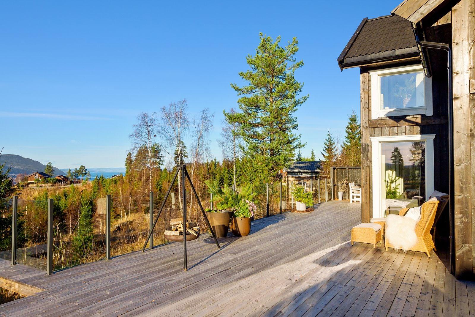Storstua Mjøsli Lodge