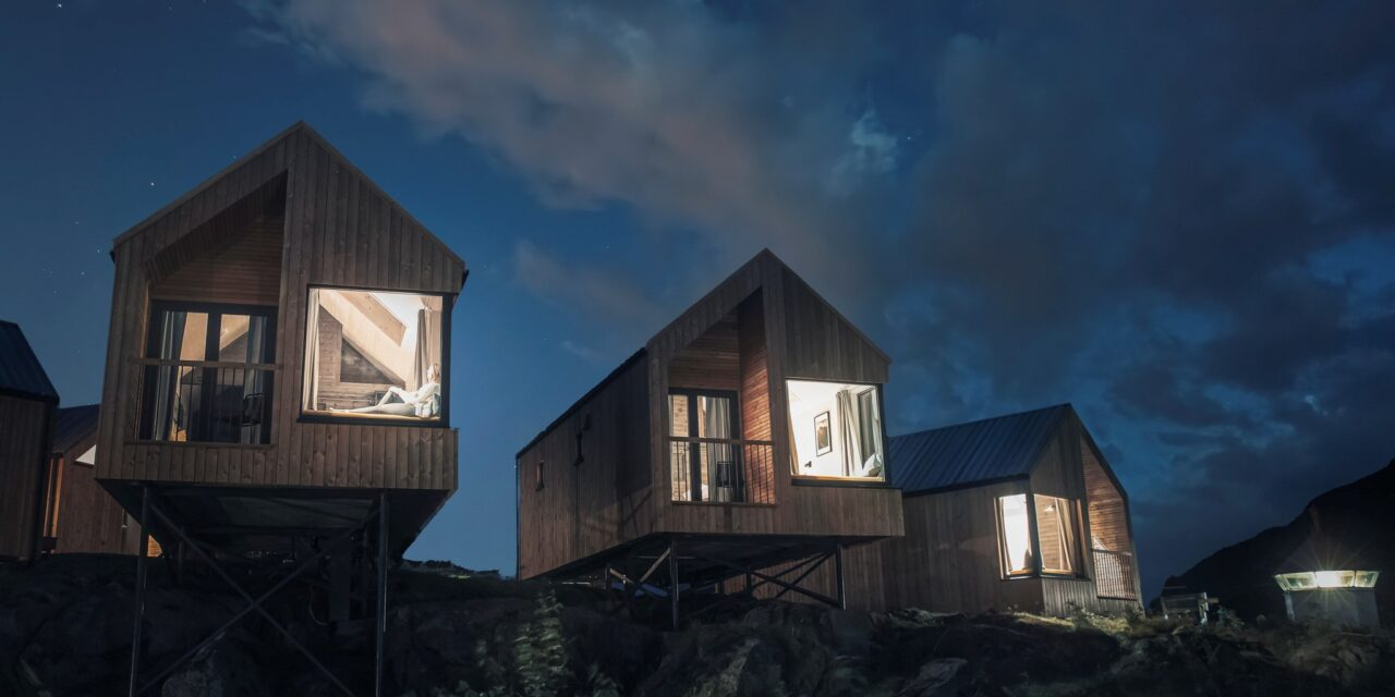 Med nærhet til historie og natur på Hattvika Lodge