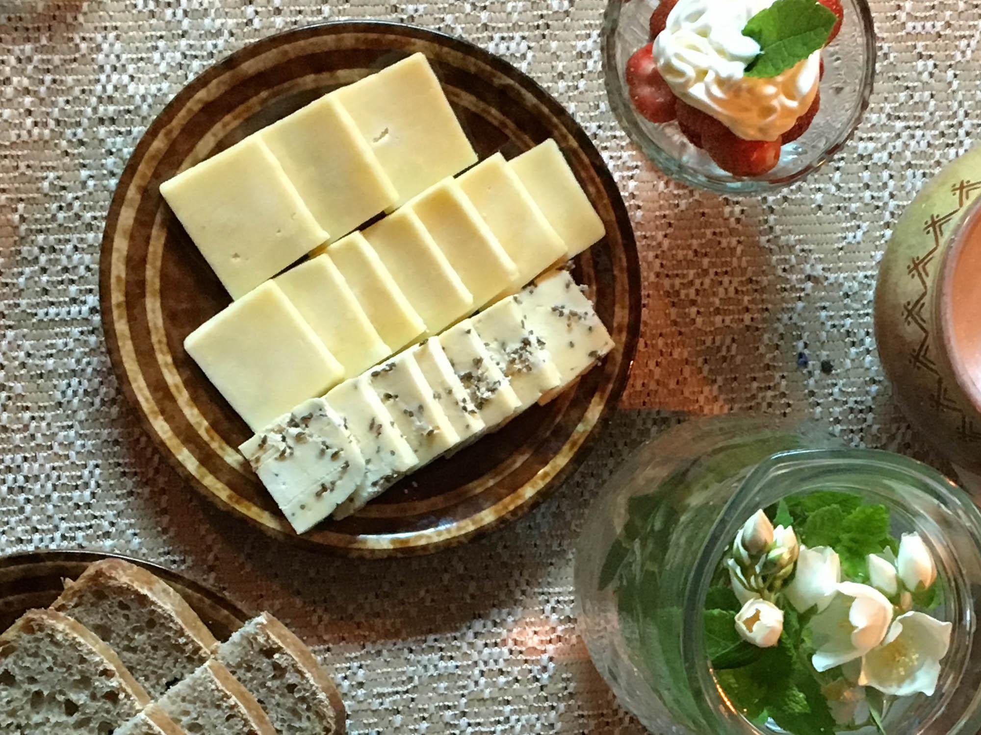 Lokalt produsert ost fra Latvia
