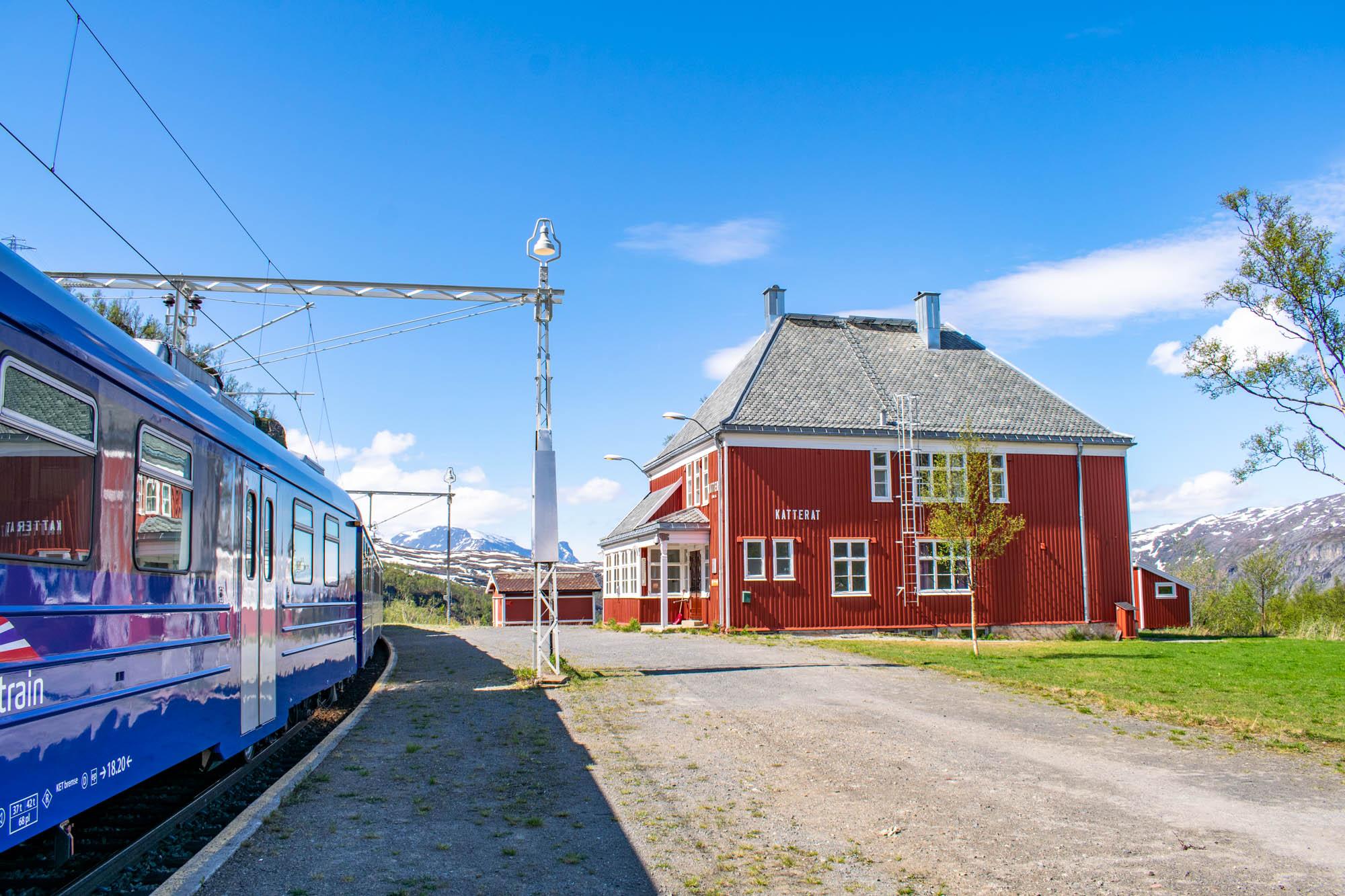 Katterat stasjon langs Ofotbanen