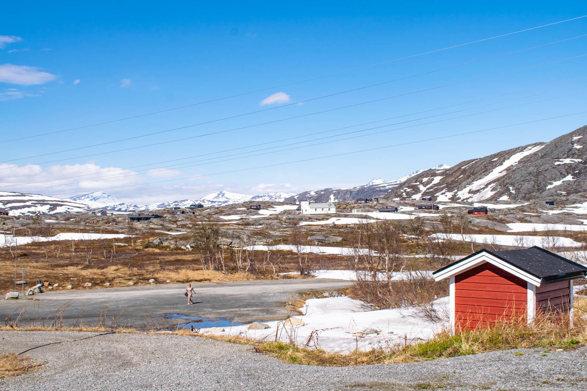 Ved Bjørnfjell stasjon langs Ofotbanen